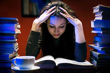 body_late_night_studying