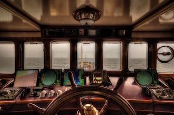 boat-1044723_640-1.jpg