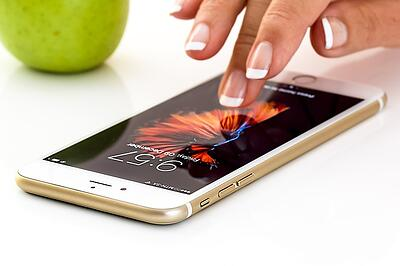 body-apple-iphone-smartphone