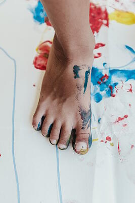 body-coloring-painting-foot