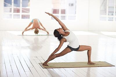 body-flexible-yoga-cc0