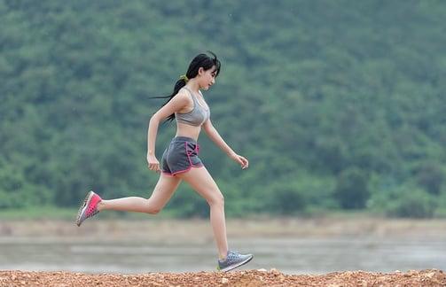 body-girl-running