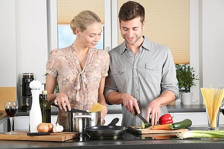 body-man-woman-cooking-12