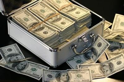 body-money-suitcase-cc0