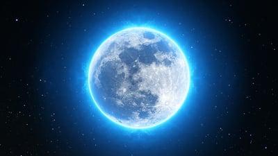 body-moon-cc0