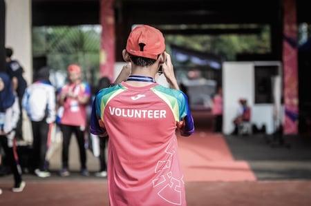 body-volunteer-shirt-student