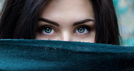 body-womans-eyes