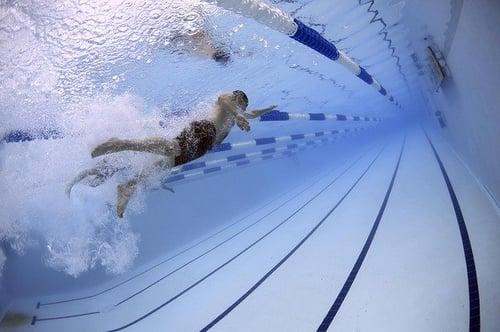 body_activity_swimmer_pool