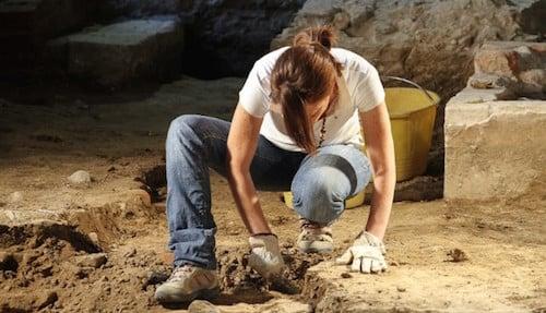 body_archaeologist.jpg