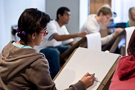 Complete Expert Guide: How to Make an Art Portfolio for College