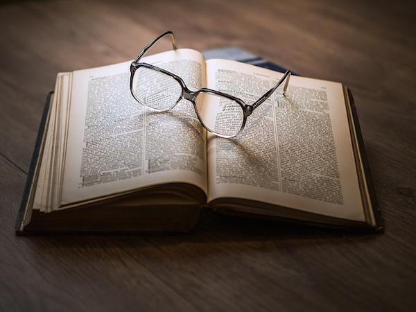body_bookandglasses.jpg