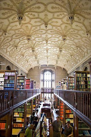 body_bristol_university_wills_memorial_library
