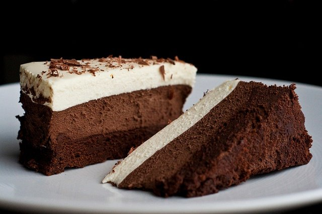 body_cake.jpg