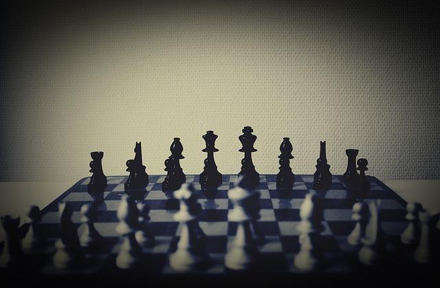 body_chess_black_vs_white.jpg