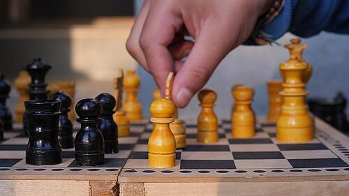body_chess_strategy-1