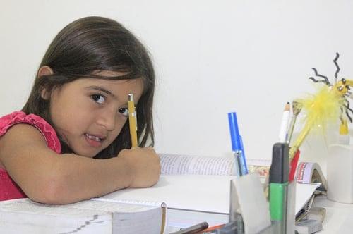 body_child_studying_homework