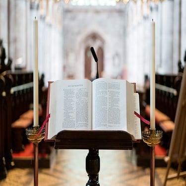 body_church_open_bible