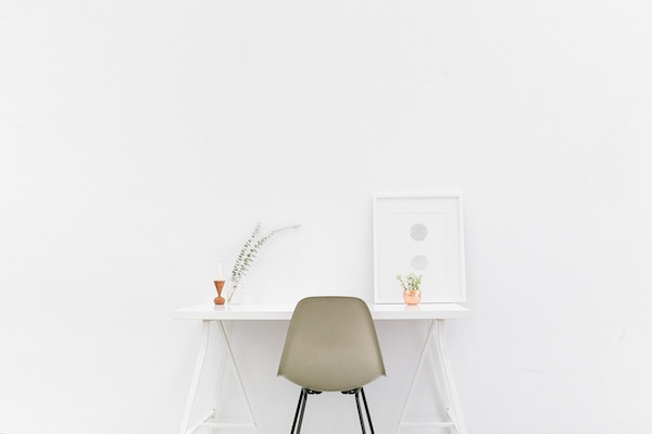 body_desk-1.jpg