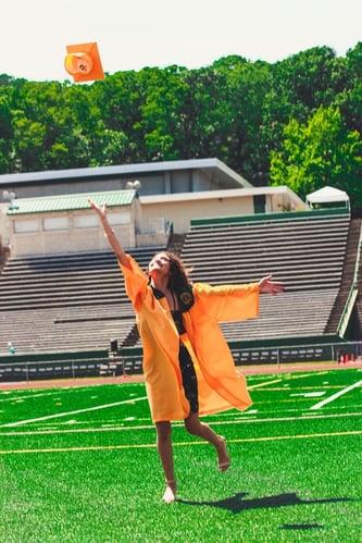 body_girl_graduate_throwing_cap