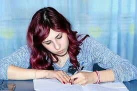 body_girlworking.jpg