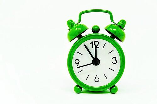 body_green_alarm_clock