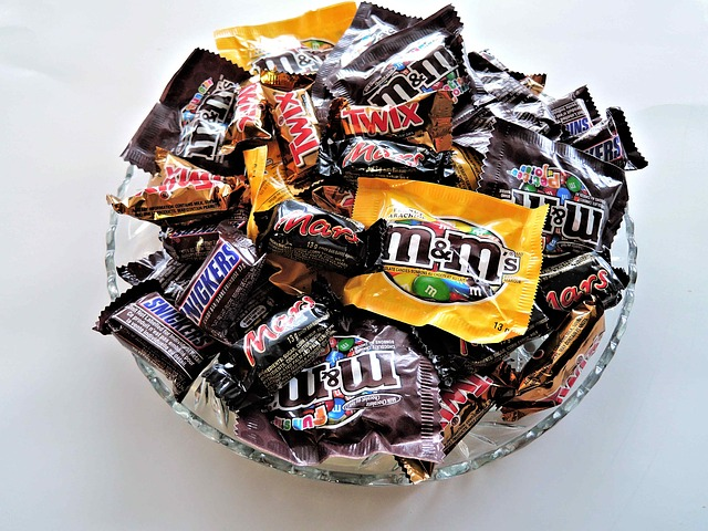 body_halloween_candy_bowl
