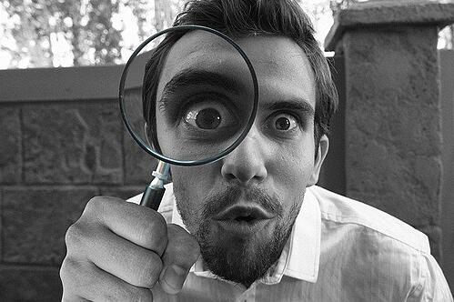 body_investigate_man_magnifying_glass_funny