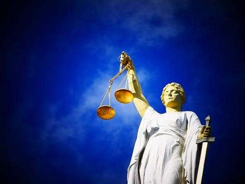 body_justice_statue