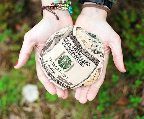 body_money_cash_ball_hands