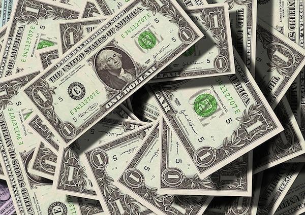 body_moneypile.jpg
