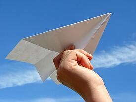body_paperairplane-1
