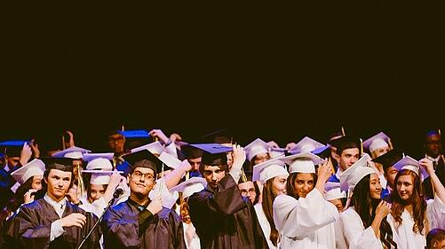 body_people_graduating_college