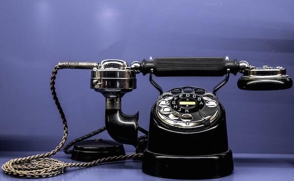 body_phone-4.jpg