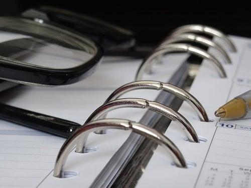 body_planner_pen_glasses
