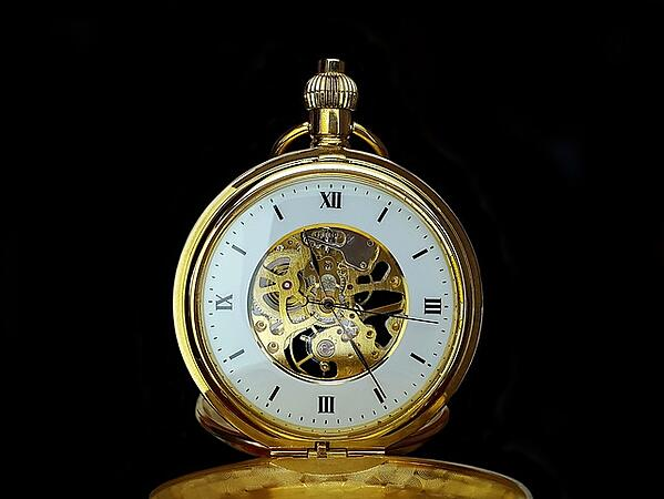 body_pocketwatch