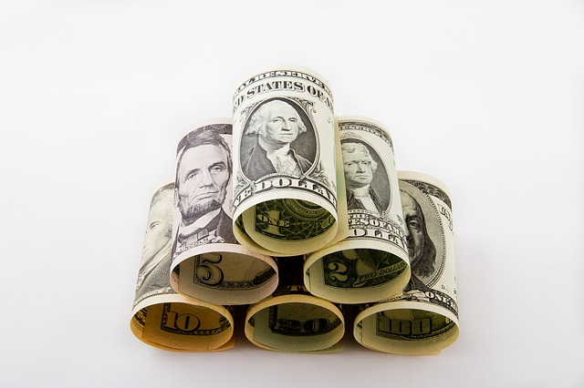 body_rolled_cash.jpg