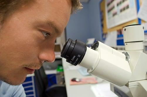 body_student_chemistry_major_microscope