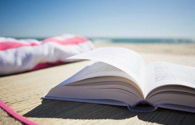 body_summer-reading