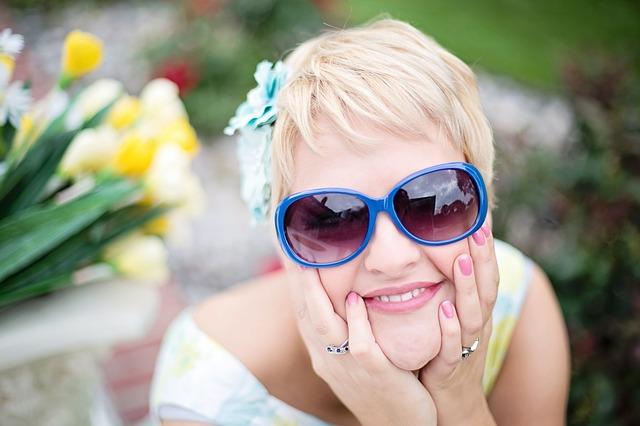 body_sunglasses-2.jpg