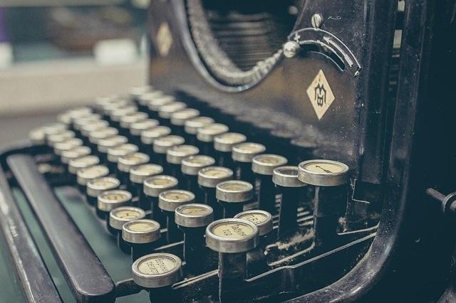 body_typewriter-3