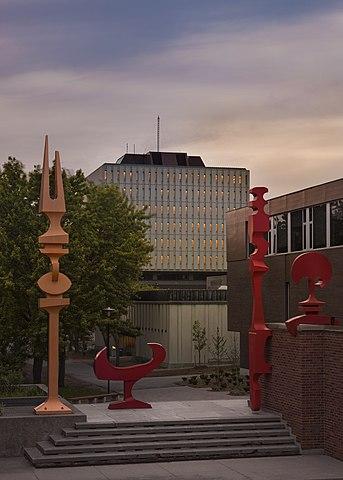 body_university_of_waterloo_arts_library