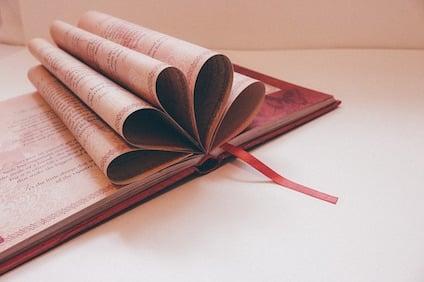 book-912721_640.jpg