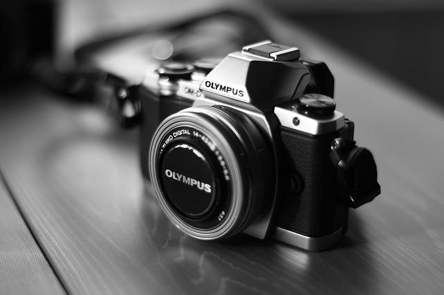 camera-541213_640.jpg