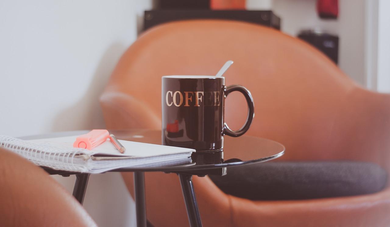 coffee-cup-1684640_1280.jpg