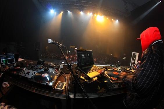 concert-633110_640