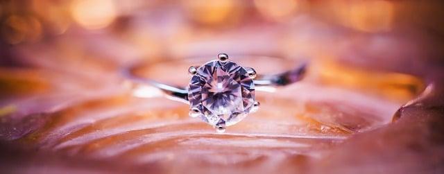 diamond-1839031_640.jpg