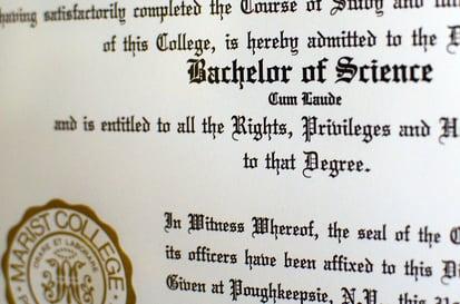 feature-cum-laude-diploma-1