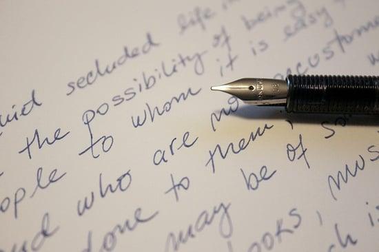 feature-handwriting-fountain-pen