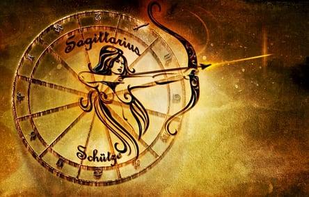 feature-sagittarius-sign-woman-arrow
