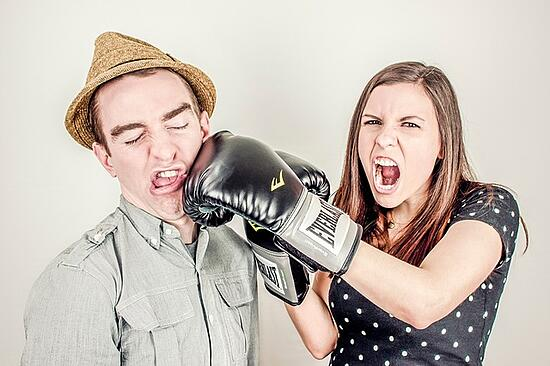 feature-woman-punching-man